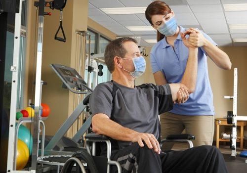 Fisioterapia é fundamental na recuperação dos pacientes de Covid após alta hospitalar