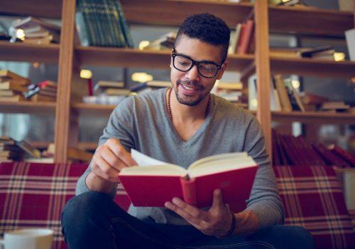 Florence dá dicas para melhorar o hábito da leitura