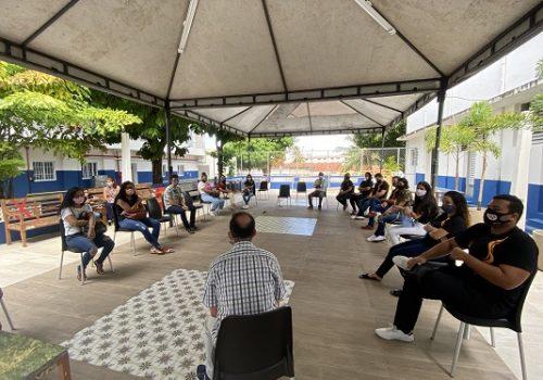 Roda de conversa marca início do semestre letivo do curso de Farmácia da Florence