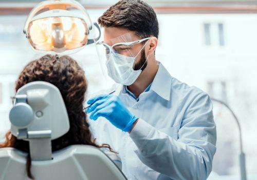 Faculdade Florence homenageia alunos e docentes no Dia do Dentista