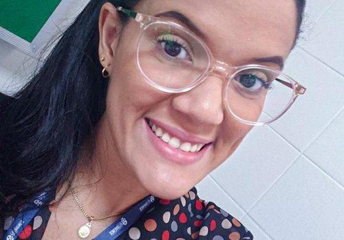 Egressa de sucesso: conheça a história de Vanessa Pavão