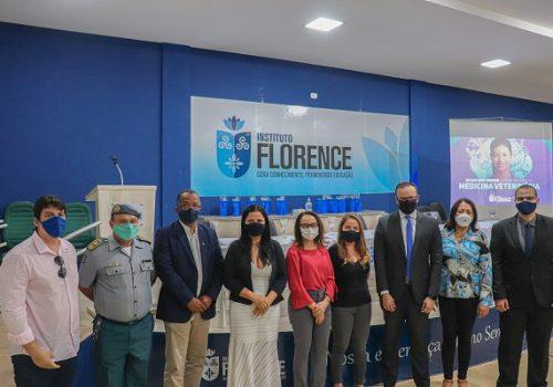 Autoridades prestigiam lançamento do curso de Medicina Veterinária da Florence