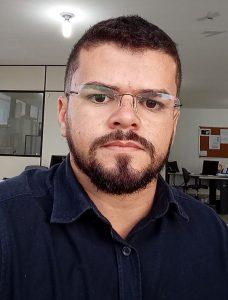 Professor de Enfermagem Marcos Cavalcante