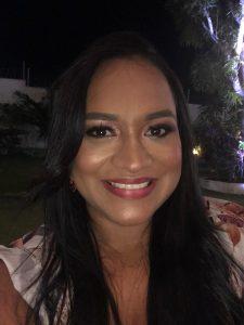 Enfermeira Rosana Martins Coutinho, professora das disciplinas de Fundamentos para o cuidar e Saúde do Adulto I.