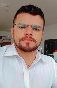 Professor do curso de Enfermagem da Florence, Marcos Cavalcante.